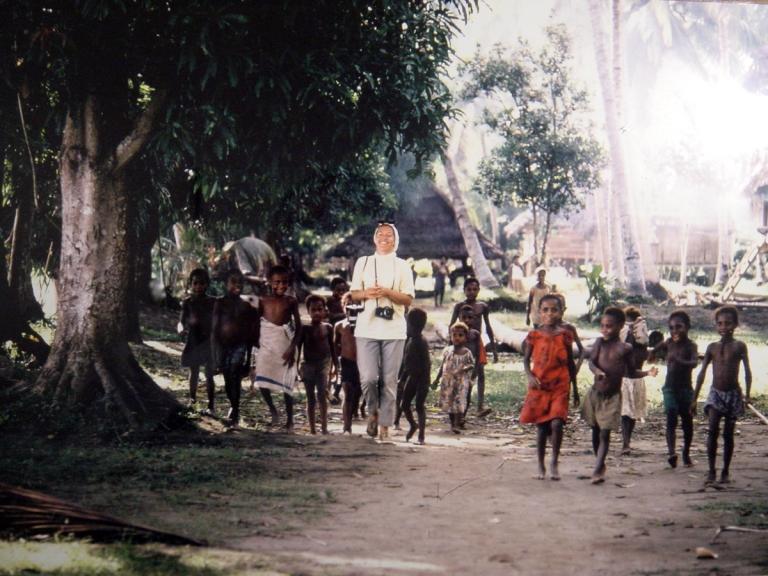 01-adm-papua-1969-lobel